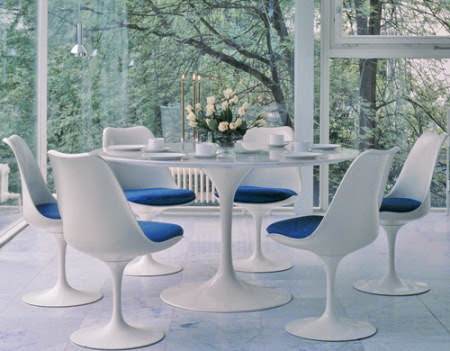 There Are Also The Tulip Chairs, Created By Saarinen As Well, That Can Be  Paired With The Table: